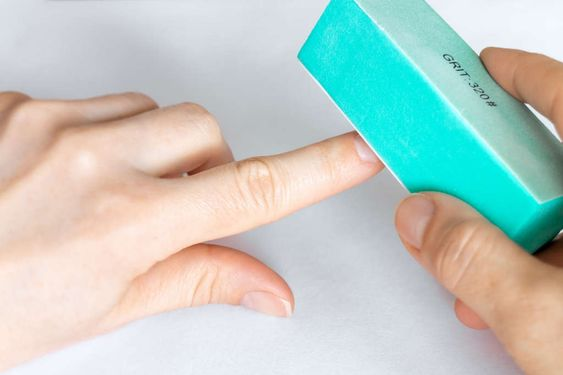 Nail-Buffer For the first time on Web: A fantastic Gel Nails at Home Guide for you